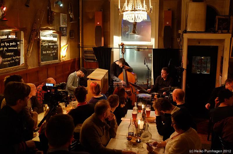 Joakim Simonsson Open Trio @ Glenn Miller Café, Stockholm ...